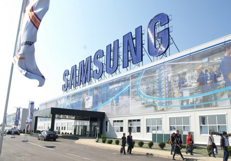 Samsung Galaxy S7 подешевел в России