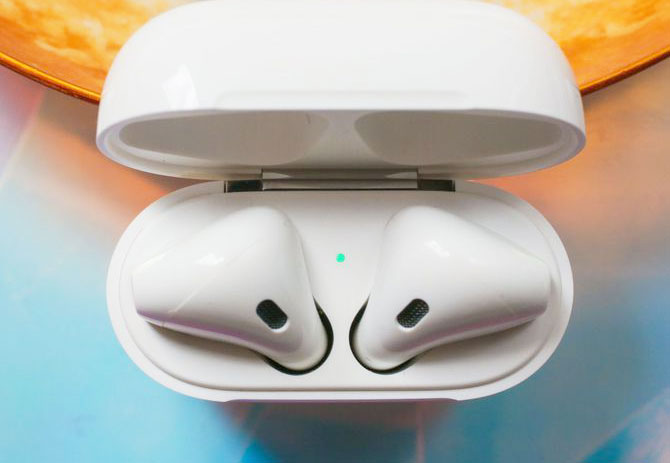 AirPods: 3