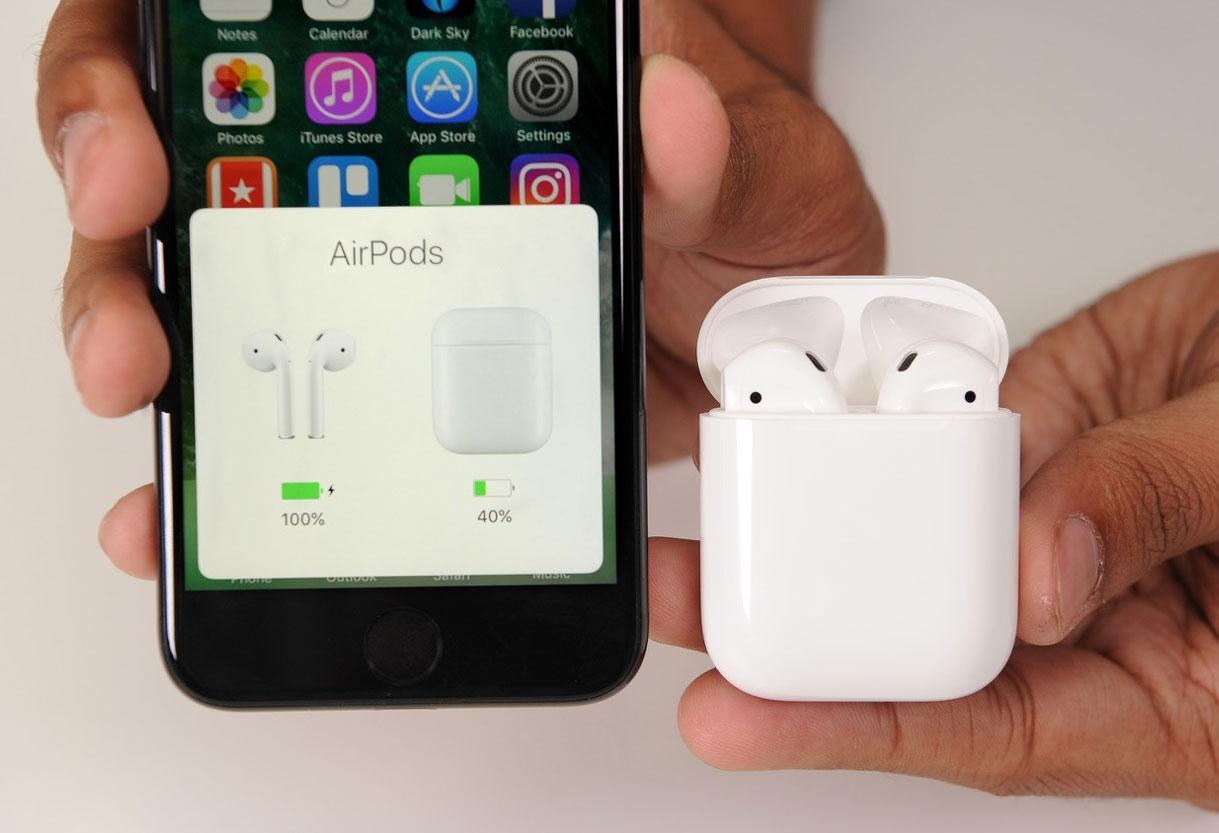 AirPods подключаются к смартфону