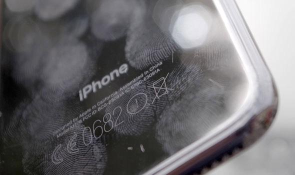 фото исцарапанных iPhone 7
