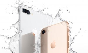 iPhone X обогнал Phone 8